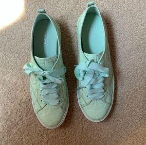 **NEW*** Coach Mermaid 🧜♀️ Green Shoes Sz.9